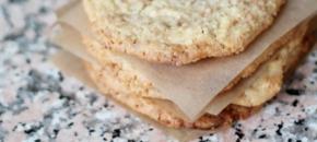 Кокосови бисквити с бялшоколад