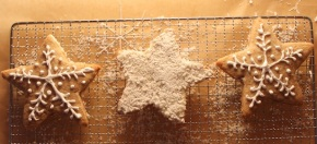 Коледни сладки, ден 2: Снежни захарни бисквитки с бял шоколад икокос